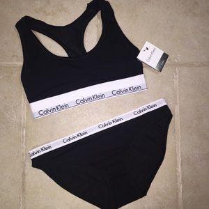 Calvin Klein Bralette & panty set